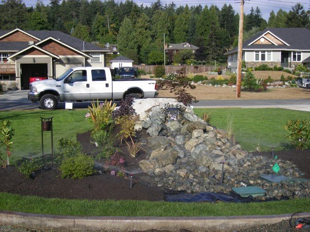 Landscaping and lawn maintenance broadmead bc for Landscaping rocks victoria bc
